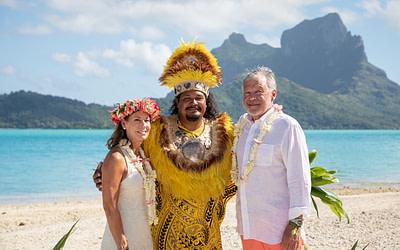 Roxanne & Tommy – Tahitian Wedding at Motu Piti Aau