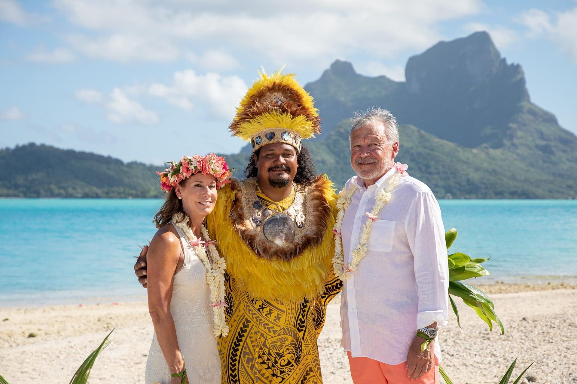 Roxanne - Tahitian Wedding