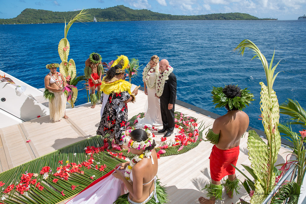 Tahitian Wedding aboard the M/V Party Girl