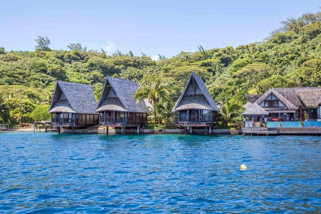 Lodging in Bora Bora – Oa Oa Lodge