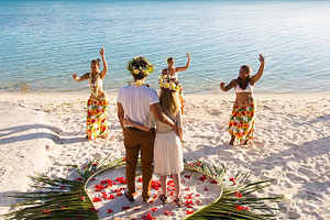 Wedding Bora Bora - Matira Beach Ceremony